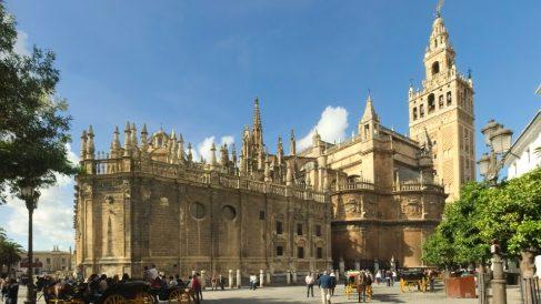 La catedral de Sevilla es realmente impresionante por dentro y por fuera