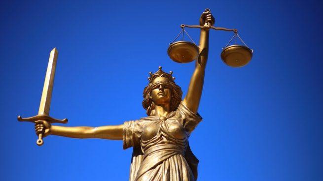 Nos referimos así a la máxima autoridad judicial.