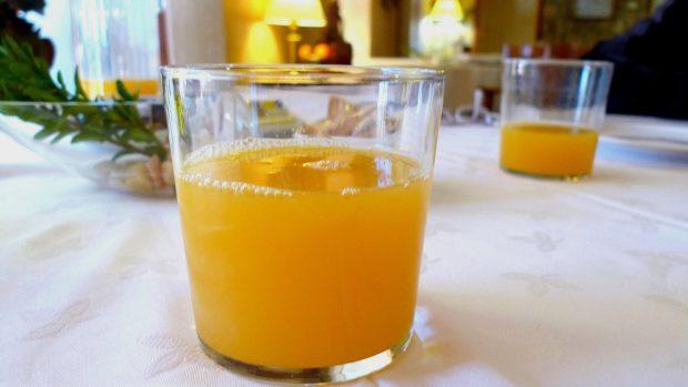 Bebidas frutales con nutrientes
