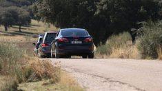Comitiva tras la exhumación de Franco (Foto: EP)