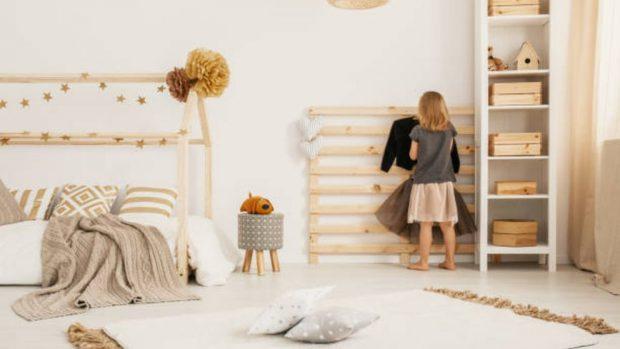 niños jugar habitación