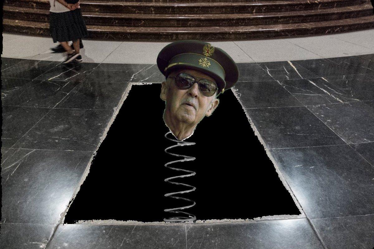 Memes de la exhumación de Franco