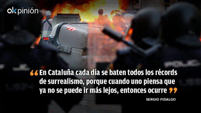 Cataluña: perseguir al policía, defender al malhechor