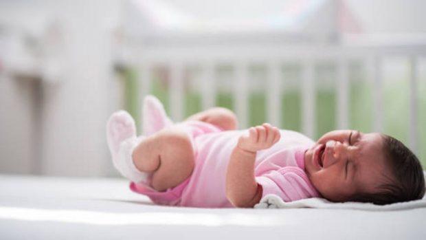 """Ruido blanco: ¿Es seguro usarlo para dormir a los recién nacidos"""""""