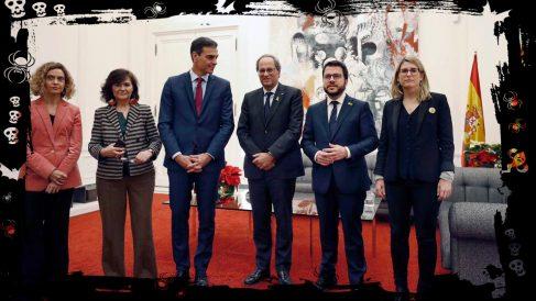 La foto de la reunión del Ejecutivo de Pedro Sánchez con el de Quim Torra que usa el PP en redes sociales.