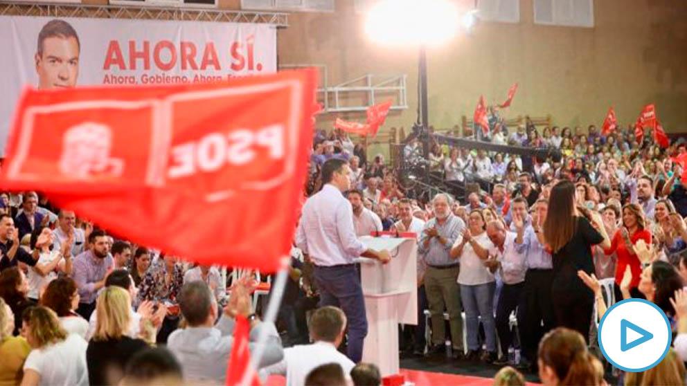 Sánchez, en Sevilla, durante el arranque de campaña.