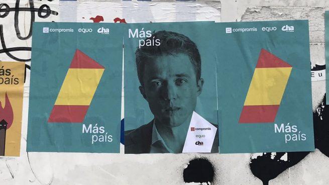 Pegatinas de Más País con la bandera de España. errejon