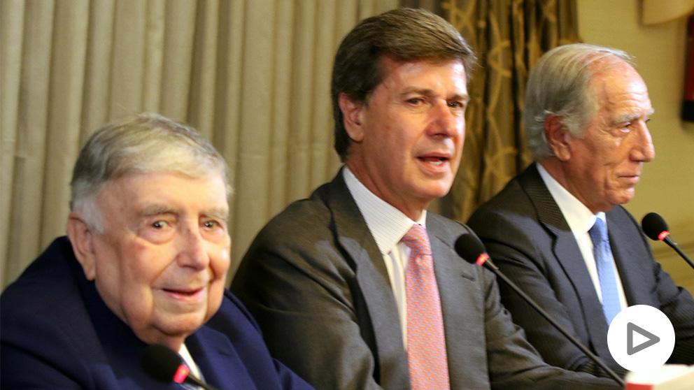 Luis María Anson, Cayetano Martínez de Irujo y Enrique Moreno. (Foto: Enrique Falcón)