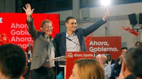El secretario general del PSOE, Pedro Sánchez, y el presidente de la Comunidad Valenciana, Ximo Puig