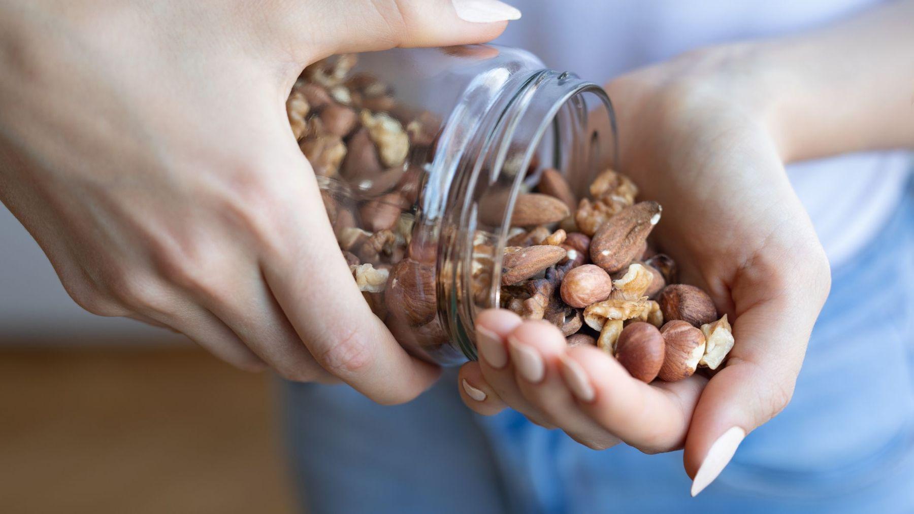 Los frutos secos tienen mucha fibra y son beneficiosos en el embarazo
