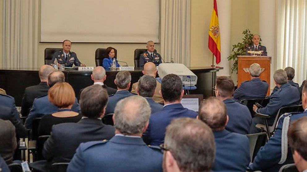 La ministra de Defensa, Margarita Robles, durante la inauguración de la cátedra Alfredo Kindelán en el Cuartel General del Aire. Foto: EP