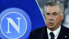 Carlo Ancelotti, durante un partido del Nápoles. (AFP)