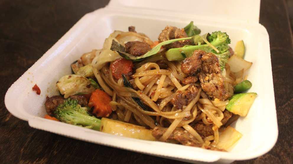 Pad kee mao, receta tailandesa - okdiario.com