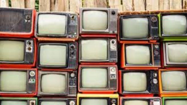 Andalucía y Castilla La Mancha son las comunidades que más ven la tele en el confinamiento