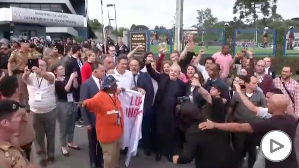 Lula da Silva al salir de prisión
