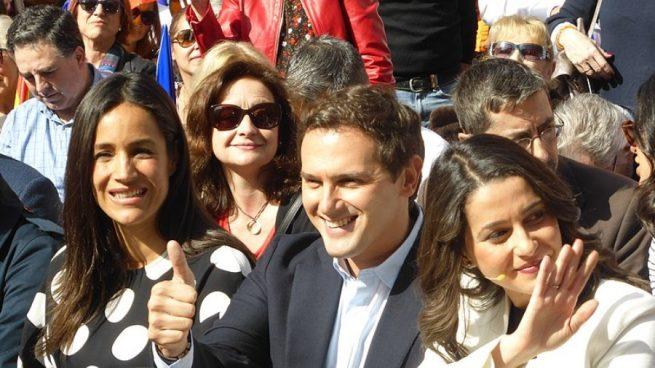 En su haber están ser diputado del Parlamento de Cataluña de 2006 a 2015.