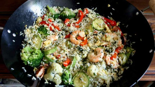 Thai rice with shrimp