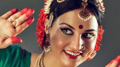 Qué es el punto rojo en la frente de las mujeres indias