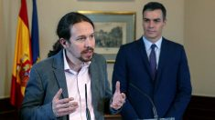 Pedro Sánchez y Pablo Iglesias en la comparencia para anunciar el acuerdo PSOE-Podemos