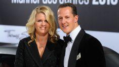 Michael Schumacher con su esposa Corinna en una de sus últimas apariciones públicas. (AFP)