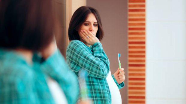 Cómo cuidar las encías durante el embarazo