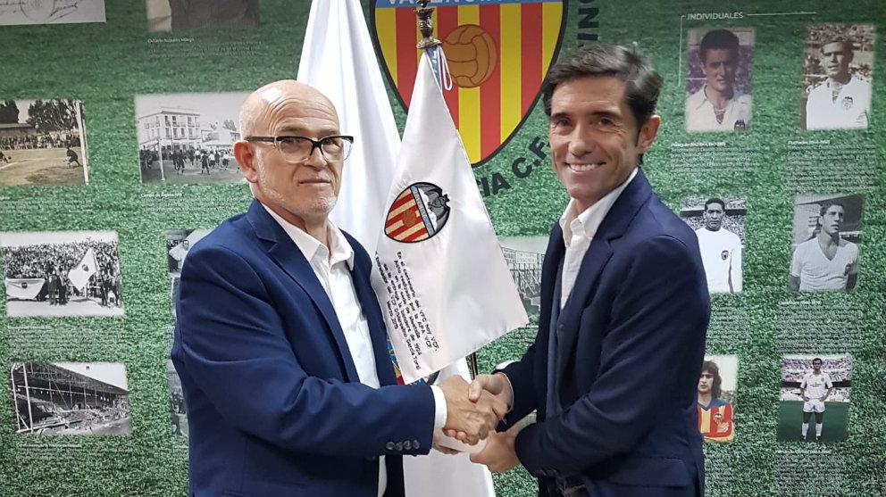 Vicente Vallés y Marcelino García Toral en Mestalla (@Apavcf)