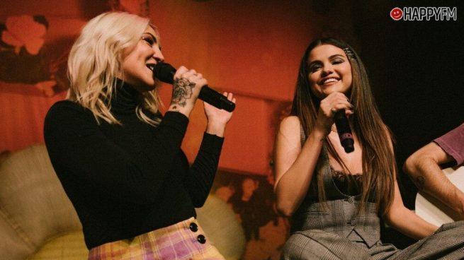 Selena Gomez y Julia Michaels interpretan, en directo, 'Anxiety'