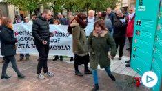 Bildu homenajea a familiares y a etarras en el 'Día de la Memoria' en el País Vasco.