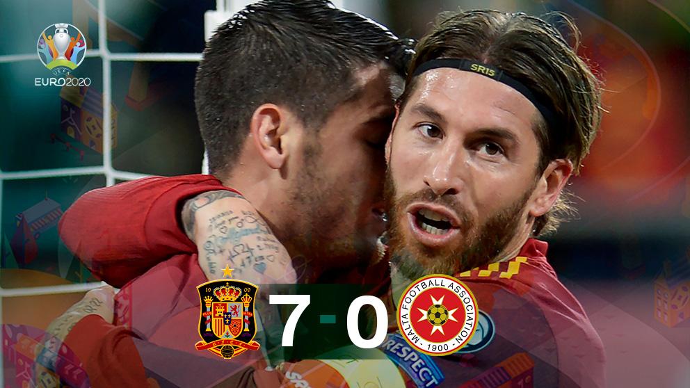 España goleó 7-0 a Malta en el Carranza.