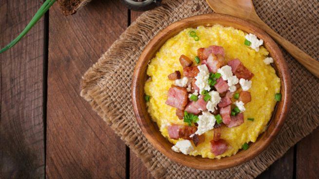Receta de polenta con bacon y queso