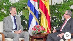 El Rey Felipe VI junto al dictador Raúl Castro. Foto: Estudios Revolución
