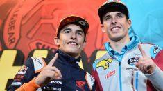 Los hermanos Márquez celebran su título. (AFP)