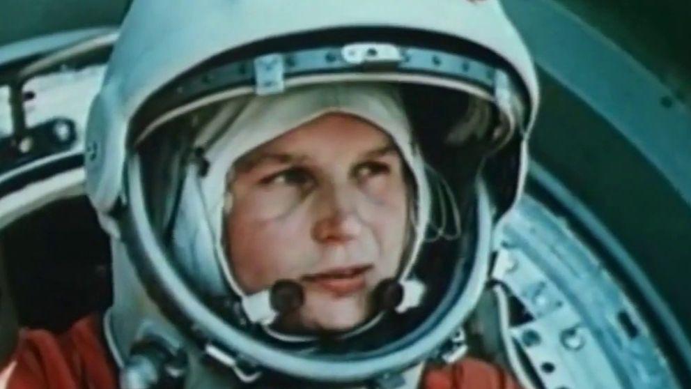 Quién fue la primera mujer en ir al espacio