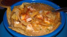 Receta de sopa de tortillas mexicana