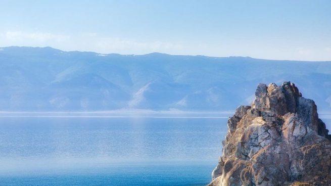 lago más profundo del mundo