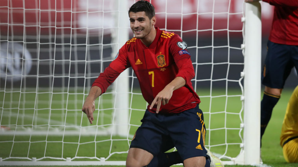 Morata celebra un gol con España. (Getty)