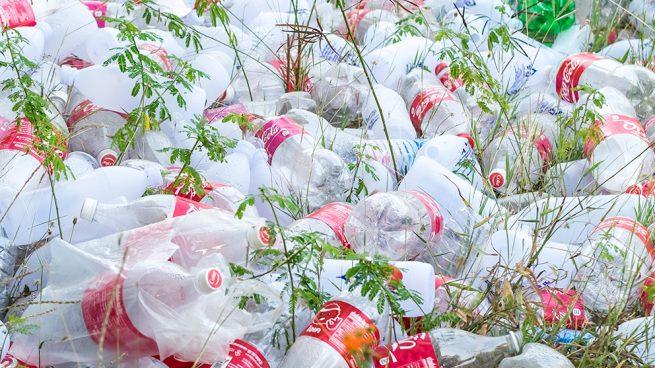 Mundo Animal y Espacios Naturales Cocacola-basura-interior2-655x368