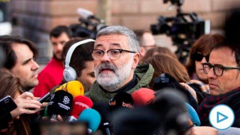 Carles Riera, diputado de la CUP frente al TSJC. Foto: EP