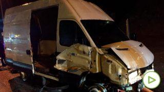 Imagen de cómo ha quedado la furgoneta que ha atravesado la frontera en Ceuta. Foto: @JupolNacional