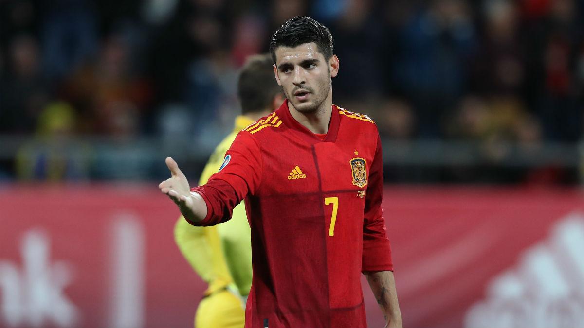 Morata durante un partido con España.