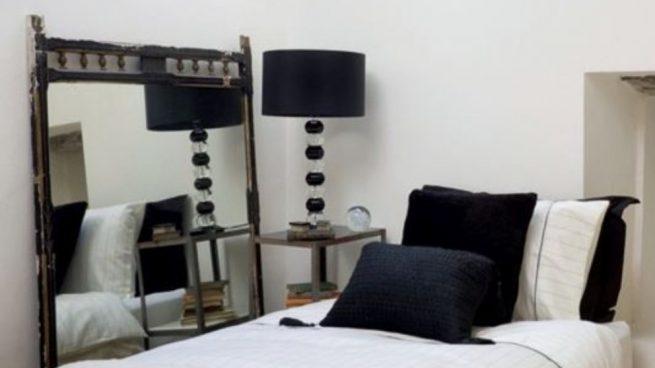 Si unimos estos dos colores en el salón entonces obtenemos un espacio elegante.