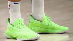 Las zapatillas con las que Luka Doncic jugó ante los Spurs. (Getty)