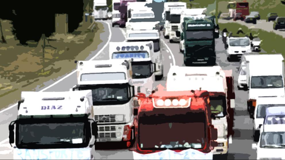 Los transportistas convocan un paro general el 27 y 28 de julio: «El Gobierno no nos respeta»
