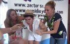 youtuber de México come dos chiles habaneros