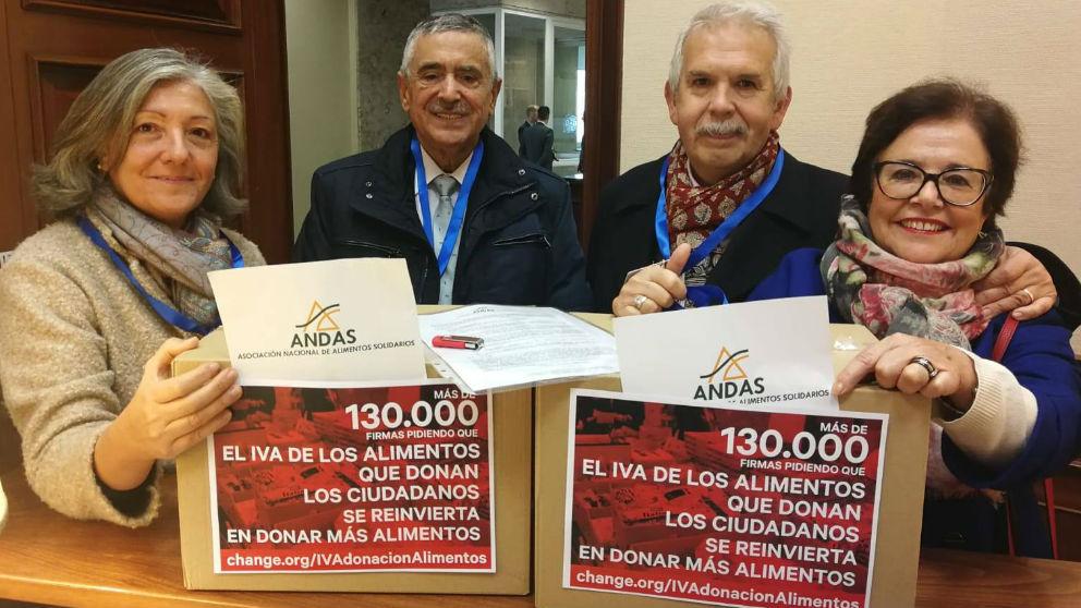 Representantes de ANDAS en el Congreso de los Diputados.