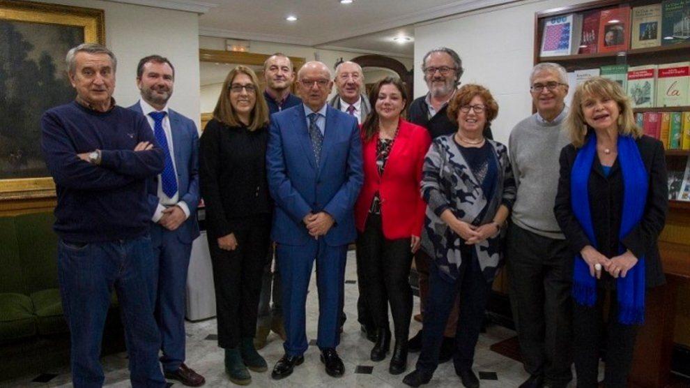 Algunos de los miembros de la candidatura encabezada por Juan Caño (en el centro). Foto: EP