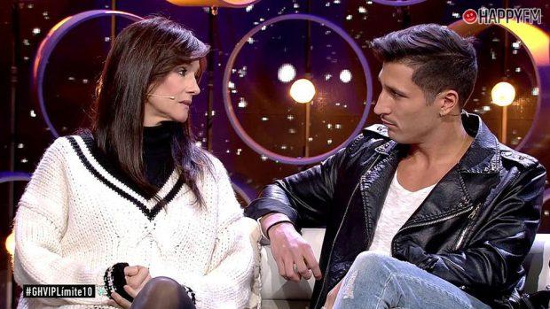 Helena, madre de Adara, y Gianmarco en el plató de 'GH VIP 7'