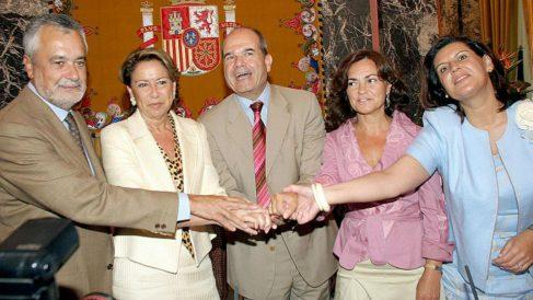 Carmen Calvo con Chaves y Griñán en 2005