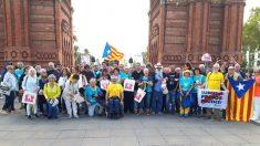 Miembros del sindicato STEI se manifiestan, el pasado 11 de septiembre, a favor de la independencia de Cataluña (Foto: STEI).