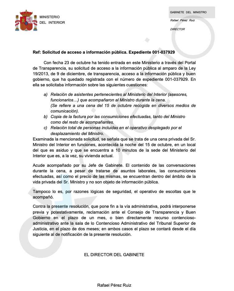 Marlaska mintió: Transparencia dice que su cena mientras ardía Barcelona fue